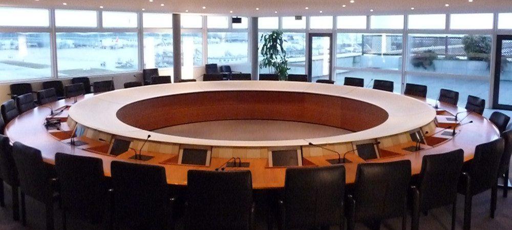 Les administrateurs publics et le piège de la double loyauté : réflexion sur la gouvernance en Wallonie