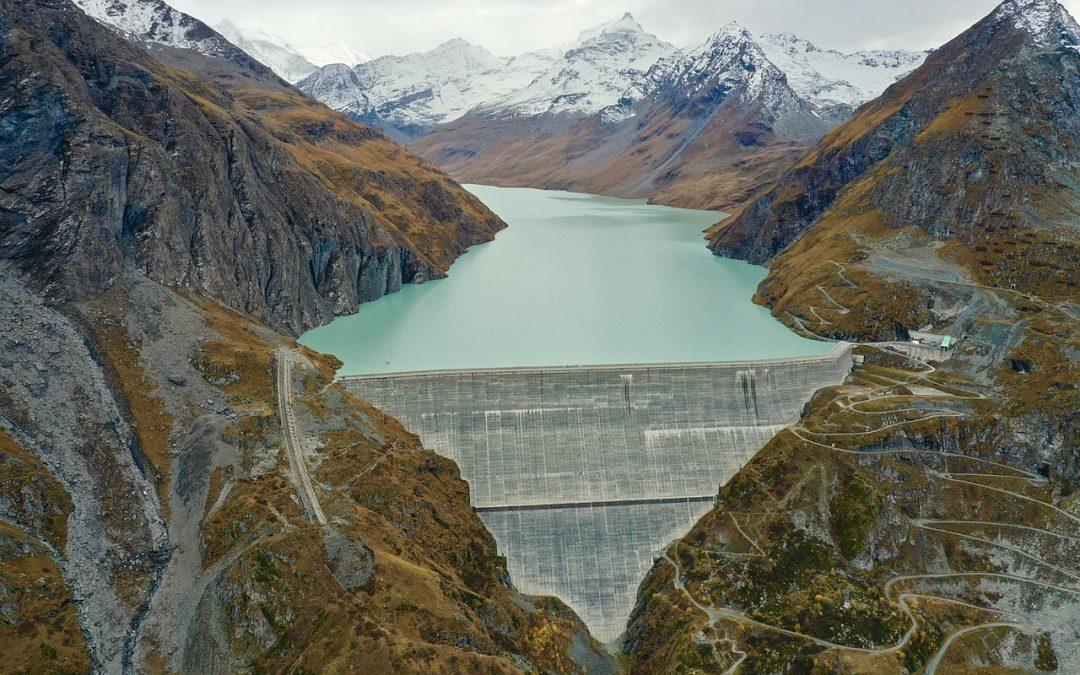 Hydro-Electricité: énergie verte et renouvelable ?